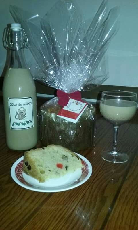 Pan de Pascua y Cola de Mono. Chilean Christmas Bread and Spiced Coffee liquor drink. $15 each.  Local delivery in Hudson County / Bergen County / New York City available.  Shipping available for continental U.S.  contact: heartofathenadesign@gmail.com