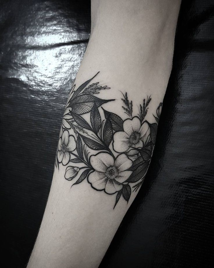 25 Best Ideas About Bracelet Tattoos On Pinterest: Tattoos, Arm Band Tattoo