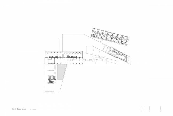 "Red Sea Institute of Cinematic Arts ""RSICA"" / s y m b i o s i s design"