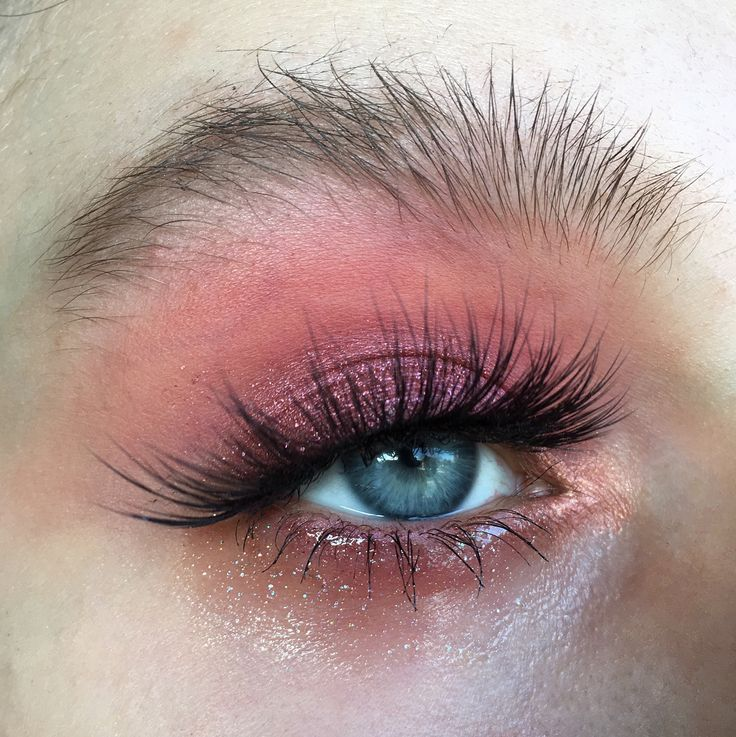 """4,247 Likes, 40 Comments - hannah (@atlantip) on Instagram: """"r o s a r y [werbung] Sorry for being so damn mia omfg BROWS: @maybelline Brow Fiber Filler in…"""""""