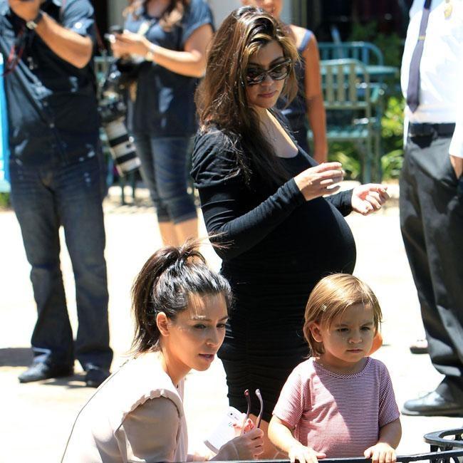 The Kardashians have family day out | Promi Nachrichten