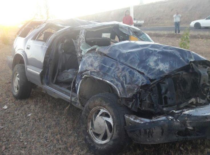Muere jovencita en volcadura en la carretera Cuauhtémoc a Anáhuac; hay dos heridos | El Puntero