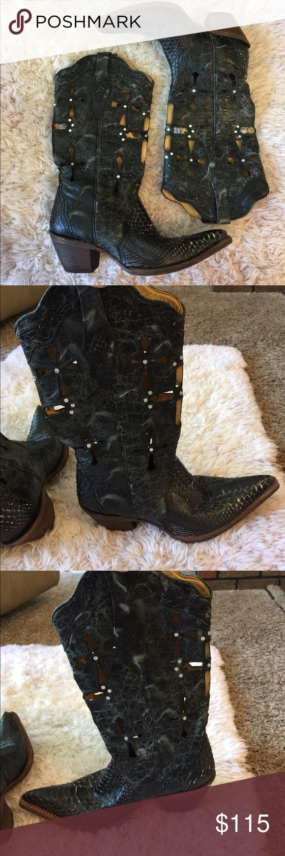 Corral Vintage Python Boots Black Corral Vintage boots with distressed look. They have cross on them with little stud diamonds. Only worn a few times. Size 9m Corral Vintage Shoes