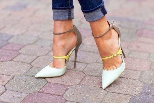 Online Shoe Shopping and to buy shoes online is a pleasure with wonderful winter wedges and winter boots from Australian Ladies Shoes specialist PetitePeds