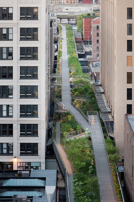 NYC's Falcone Flyover - an old railway line converted to a public park. @Julia Turner find this place for me when you go back
