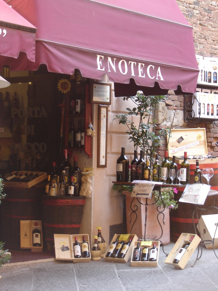 Wine shop in Pienza, Italia