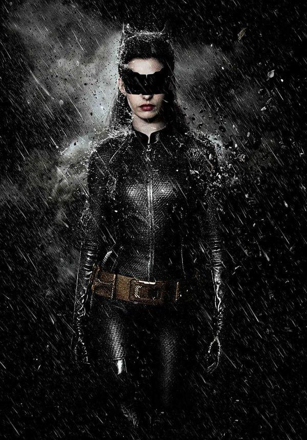 """Anne Hathaway será a estrela de """"O Cavalheiro das Trevas Ressurge""""!"""