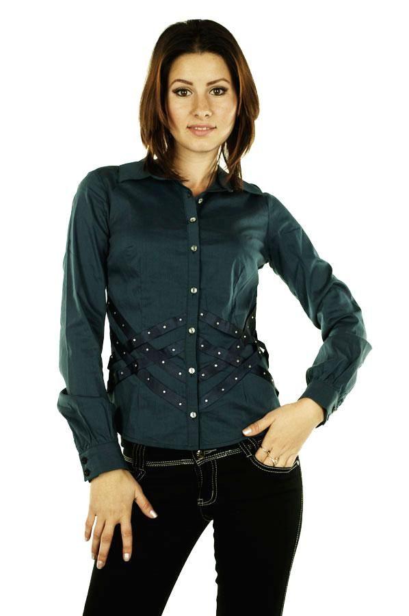 Camasa Dama Laces  -Camasa dama casual-elegant  -Model usor elastica ce va va scoate in evidenta silueta  -Detaliu cu strasuri in talie     Lungime: 50cm  Latime talie: 34cm  Compozitie: 97%Bumbac, 3%Elasen