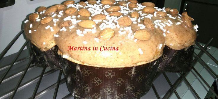 colomba-vegana-pasqualeIngredienti: Per l'impasto:  450gr di farina manitoba 3 cucchiai rasi di lecitina di soia sciolti in 3 cucchiai d'acqua calda (si deve formare un impasto omogeneo e colloso) 120gr di olio di semi 140gr di zucchero di canna 40gr di latte vegetale 20gr di lievito di birra 1 bustina di vanillina 2 pizzichi di sale 100gr di frutta candita Per la glassa:  50 grammi di farina di mandorla 100 grammi di zucchero di canna 10 grammi di farina di riso o un amido a piacere 20…