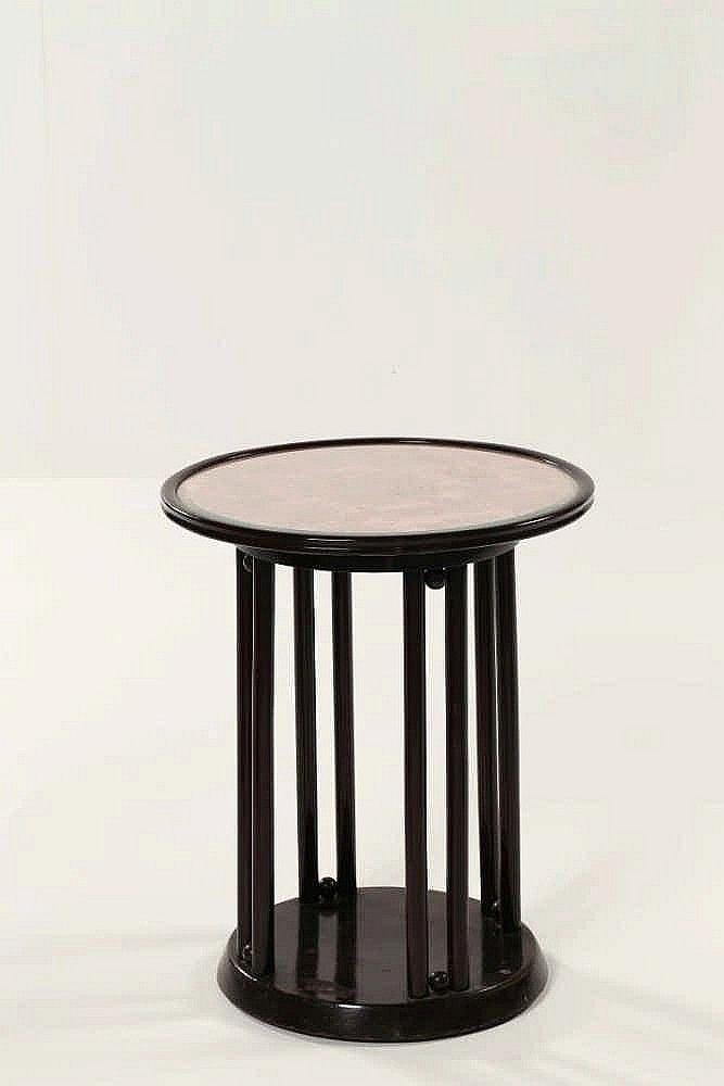 HOFFMANN JOSEF (1870 - 1956) Side table. Model Fledermaus.