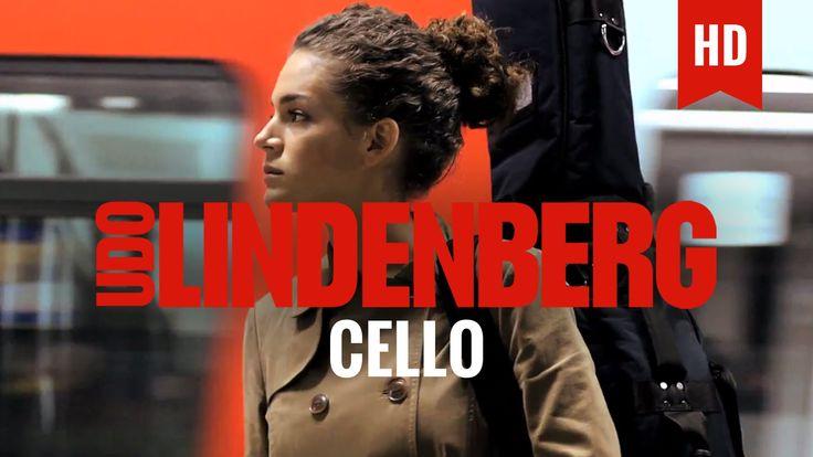 """Schau dir hier Udos offiziellen Panik-Clip zur Hit-Single """"CELLO feat. Clueso"""" aus dem Unplugged-Konzert an. Der Live-Teil des Videos von UDO LINDENBERG und ..."""