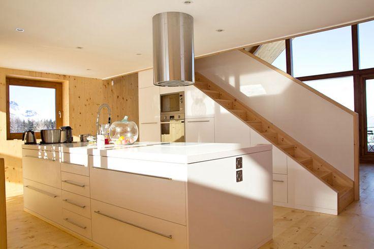 fr d ric g raud architecte cuisine de ce chalet contemporain d coration pinterest chalet. Black Bedroom Furniture Sets. Home Design Ideas