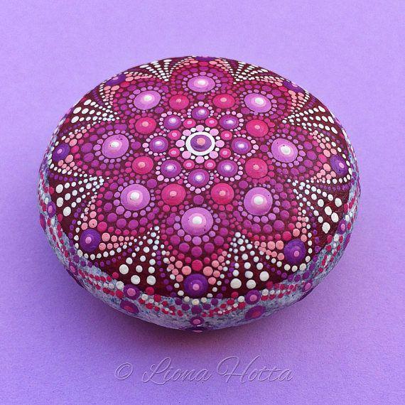 Flor Mandala piedra morada