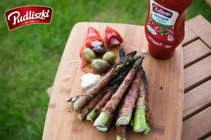 Grillowane szparagi na szynce parmeńskiej  #przepis #pudliszki #grill #szparagi #szynka