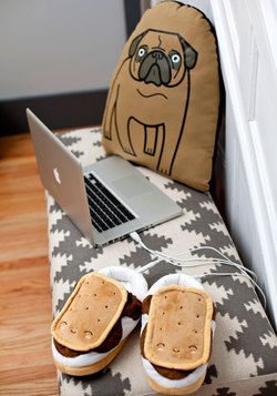 im in love! Marshmallow Out USB Foot Warmers, #ModCloth