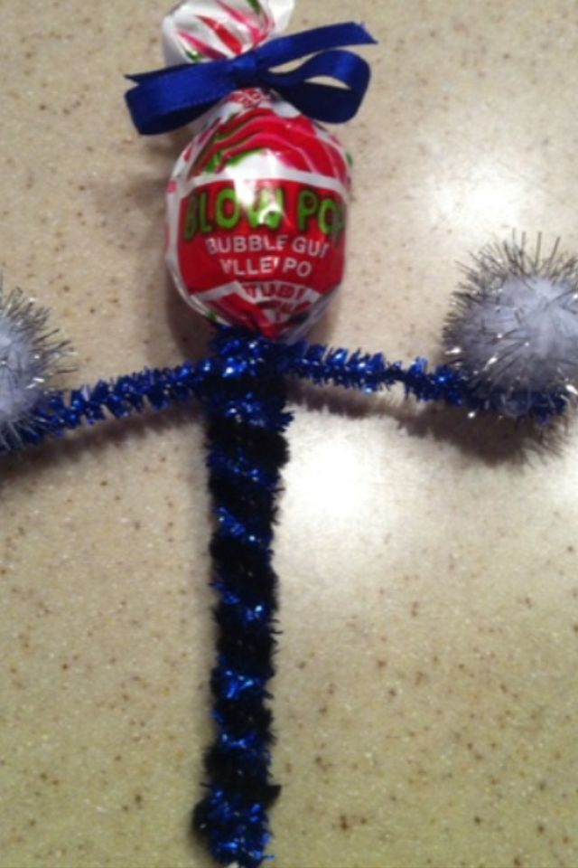 Cheer Halloween craft, would be so cute for the cheer team :)