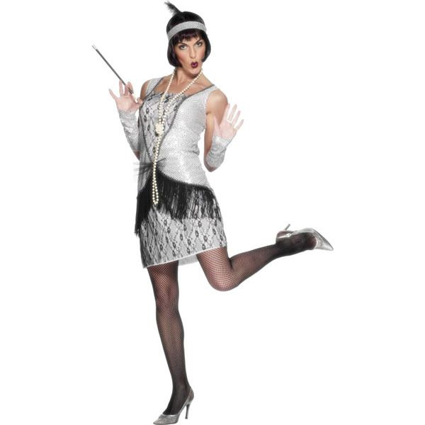You'll be ready to party all night as this fierce flapper!