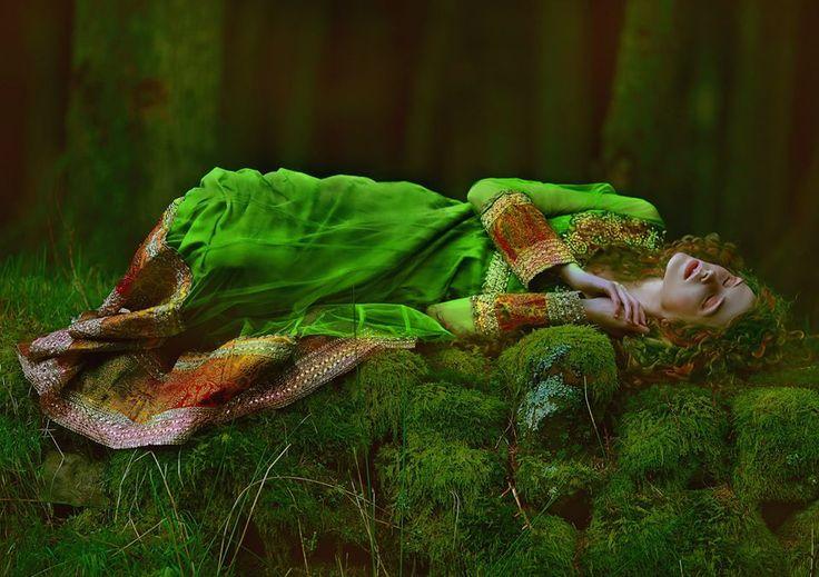 Epigee ~ Alseidi, ninfe dei boschi e foreste.
