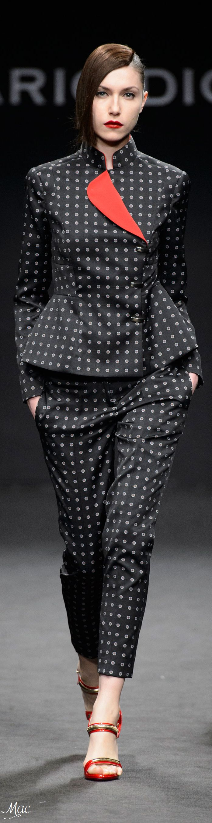 Fall 2016 Ready-to-Wear Mario Dice