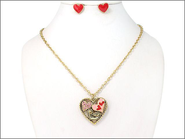 Shop Fashion Jewelry, Trendy Jewelry, Inexpensive Jewelry, Pendant Necklace, Heart Necklace, Necklace, Jewelry, Valentine Necklace, #Valentine Gift