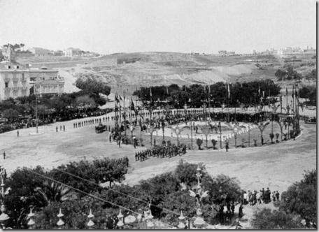 Antiga Praça Marquês de Pombal. Cerimonia de lançamento da primeira pedra na construção do Monumento ao Marques de Pombal em 12 de Agosto de 1917.