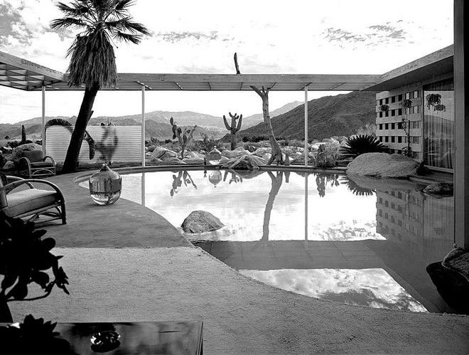So beautiful. Take me away to this place. I will collect colorful stones and live a simple life, only to please.   Raymond Loewy House, Palm Springs  from Miss Moss: http://www.missmoss.co.za/2012/05/16/raymond-loewy-house-palm-springs/?utm_source=rss_medium=rss_campaign=raymond-loewy-house-palm-springs