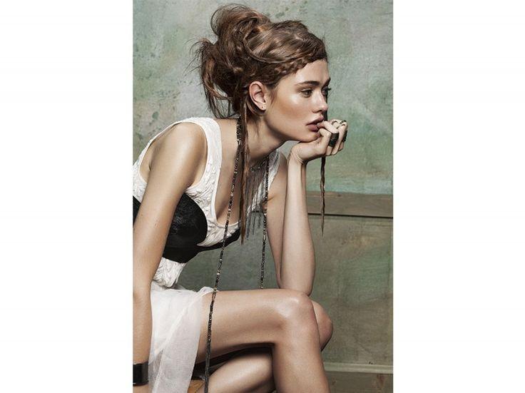@EVOS_italia #bohemianspirit nella cover gallery di Grazia  #TRECCINE | #CHIGNON | #ACCONCIATURE