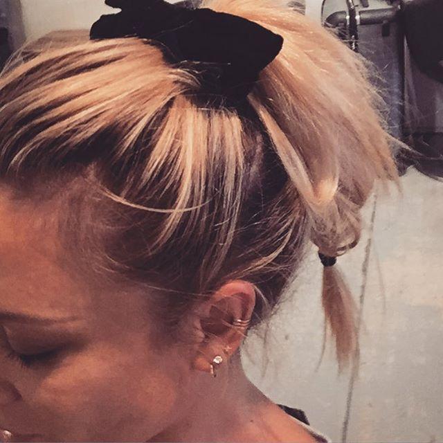 Cheating long hair w a double ponytail..#stillwannabeminnie #ponytail #tips #hair