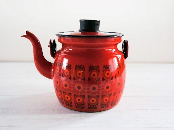 Kaj Franck Arabia Finel Enamel small red Teapot by SwedishHeritage