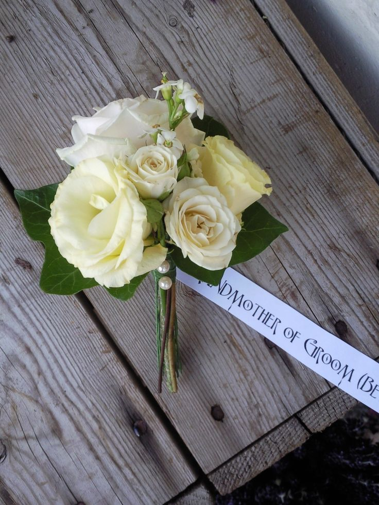 beautiful mother of the bride flowers | ... corsage lisianthus mother of the bride mother of the groom pearls rose