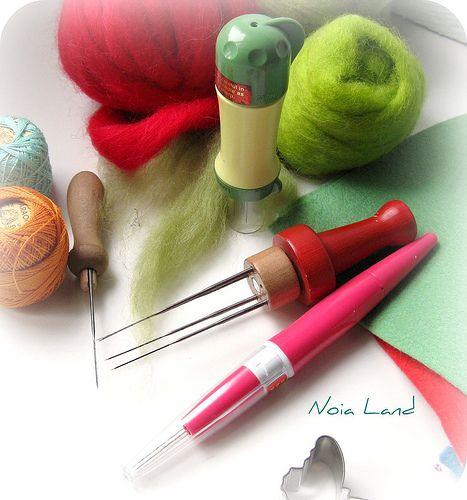 Iniciación Afieltrar con aguja. Materiales y herramientas. (En español)