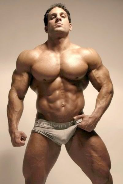 1000+ images about Muscled Guys on Pinterest   Bodybuilder
