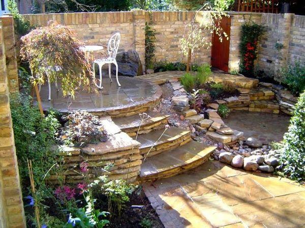 100 Bilder zur Gartengestaltung – die Kunst die Natur zu modellieren - garten drei treppen stein sitzecke