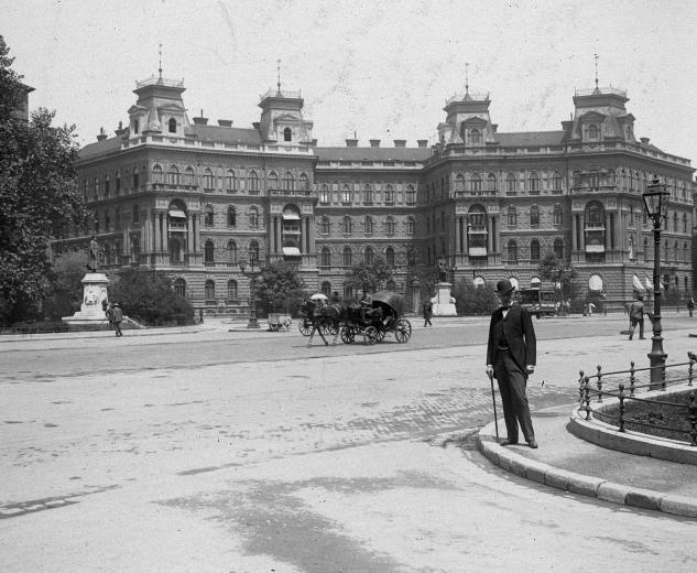 A Körönd [Kodály], Budapest [1900].