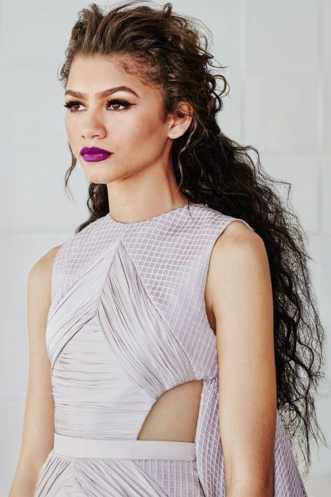 http://www.harpersbazaar.com/fashion/photography/g5637/zendaya-coleman-style/
