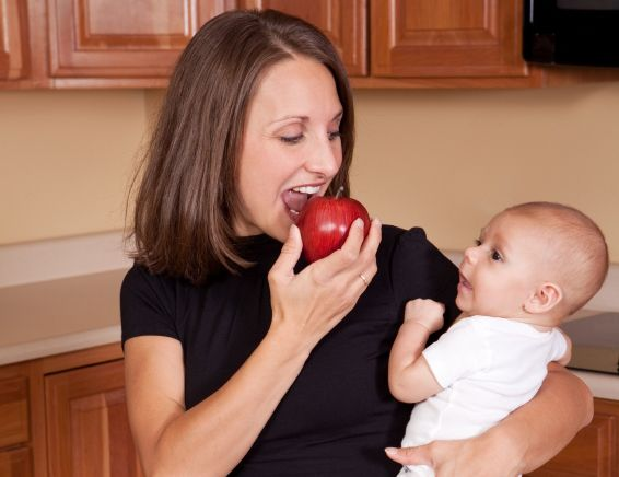 Nourishing Your Body, Nourishing Your Baby: written by Amber McCann, IBCLC for the US Government's Smoke Free Women website.