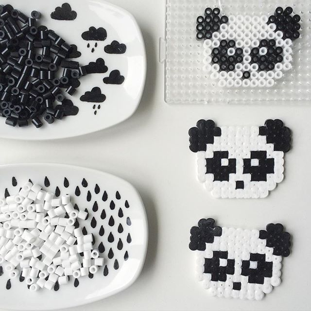 Panda bear hama beads by pysselkompisarna