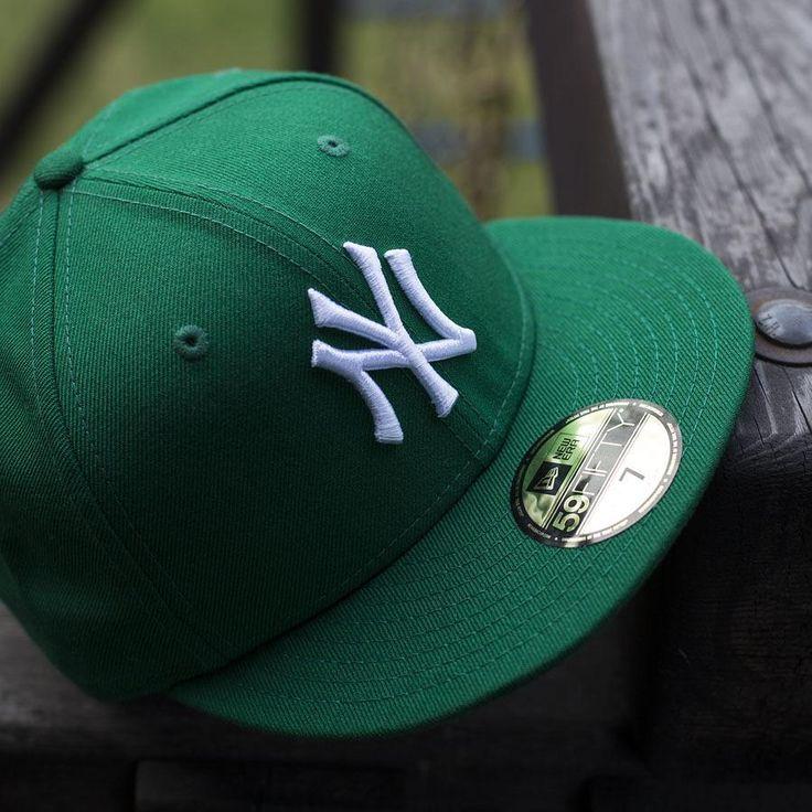 El día que los Yankees se pintaron de verde 💚    #ThisIsTheCap #StreetStyle #Gorra #Cap