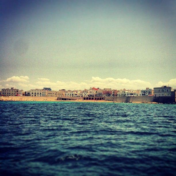 .@Viaggiareinpuglia Official   Siamo di fronte alla Spiaggia della Purità, unica spiaggia nella città! #mypu...