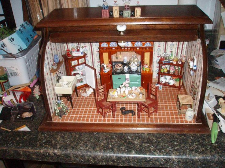 80 Best Images About Room In A Box On Pinterest: 17 Best Images About MiNiaTuRe SCeNeS IN UNuSuaL