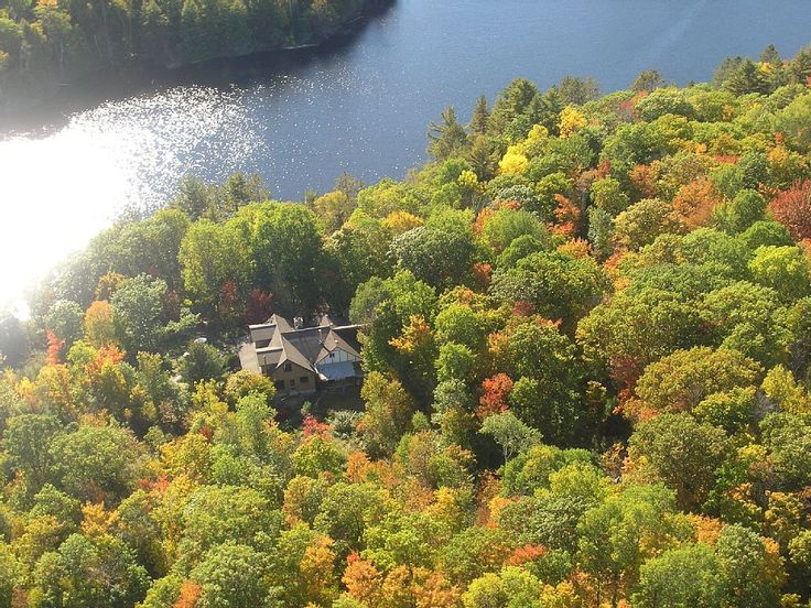 3 Adjoining Cottages on Private & Secluded Lakefront (up to 28 people): 9 BR Vacation Cottage for Rent in Muskoka , Ontario | HomeAway.ca
