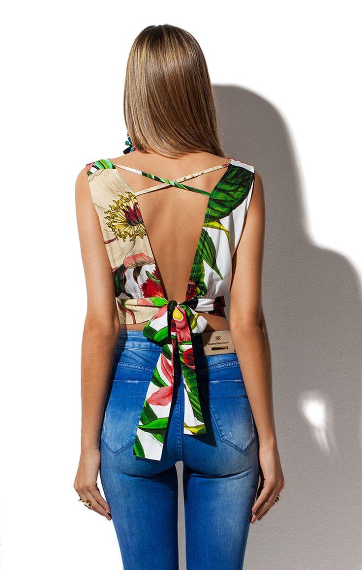 Blusa Floral Decote Tiras Morena Rosa                                                                                                                                                                                 Mais