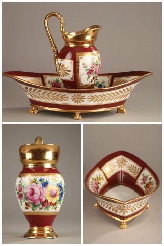 Aiguière et son bassin en porcelaine de Sèvres d'époque Empire