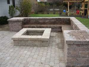saw something similar at home depot, but circle pit, on crushed stone w/wooden benches and planters instead of brick--for backyard?