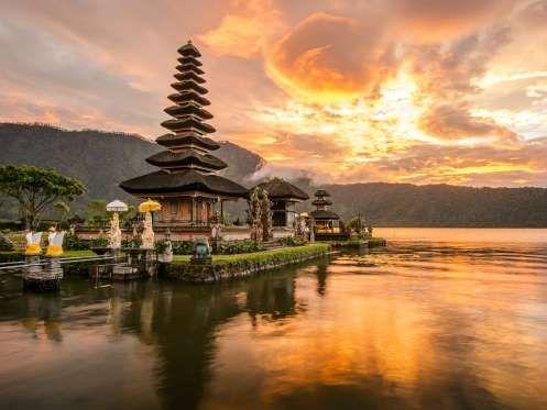 Bali, Indonésia – A Indonésia possui paisagens paradisíacas e lugares de tirar o fôlego, como é o ca... - Shutterstock