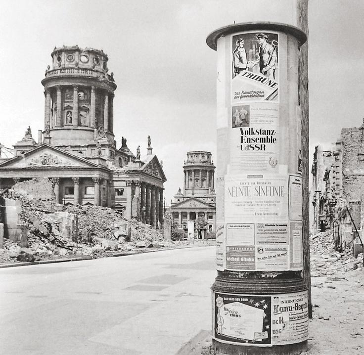 Berlin after the 2nd World War.    (East Berlin, GDR / DDR, 1954)     Photographer: Sem Presser, Holland.