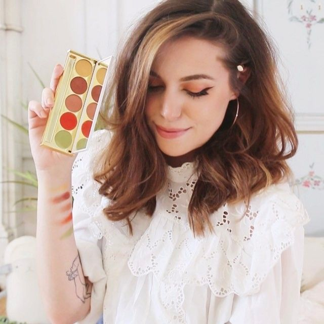 Marzia Bisognin | instagram | her eyeshadow palette in collaboration with @winky_lux | Natura palette