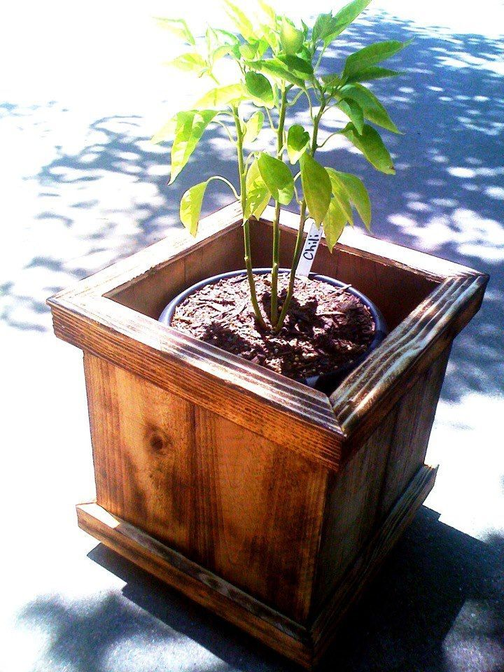 Planter Boxes Planters And In The Corner On Pinterest: Planter Box Made From Pallets - Google Search
