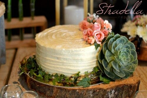 roses Suculent wedding cake