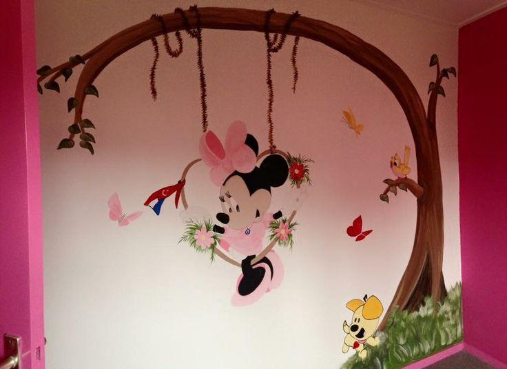 Minnie mouse met Pim muurschildering by joan of arts